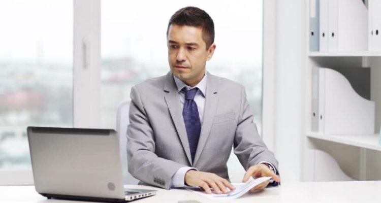 برنامج تحقيق الريادة والتميز الإداري في المنظمات الحكومية